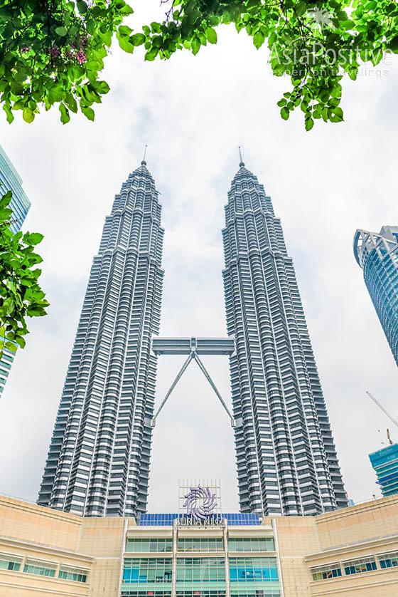 Знаменитые башни-близнецы Петронас  | Подробный план самостоятельной поездки с Пхукета в Сингапур и Куала-Лумпур | Таиланд | Путешествия по Азии с AsiaPositive.com