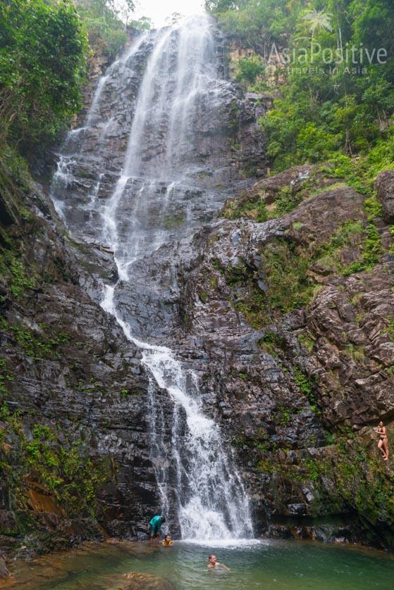 В водопаде Temurun в сезон дождей купаются | Остров Лангкави | Малайзия с AsiaPositive.com