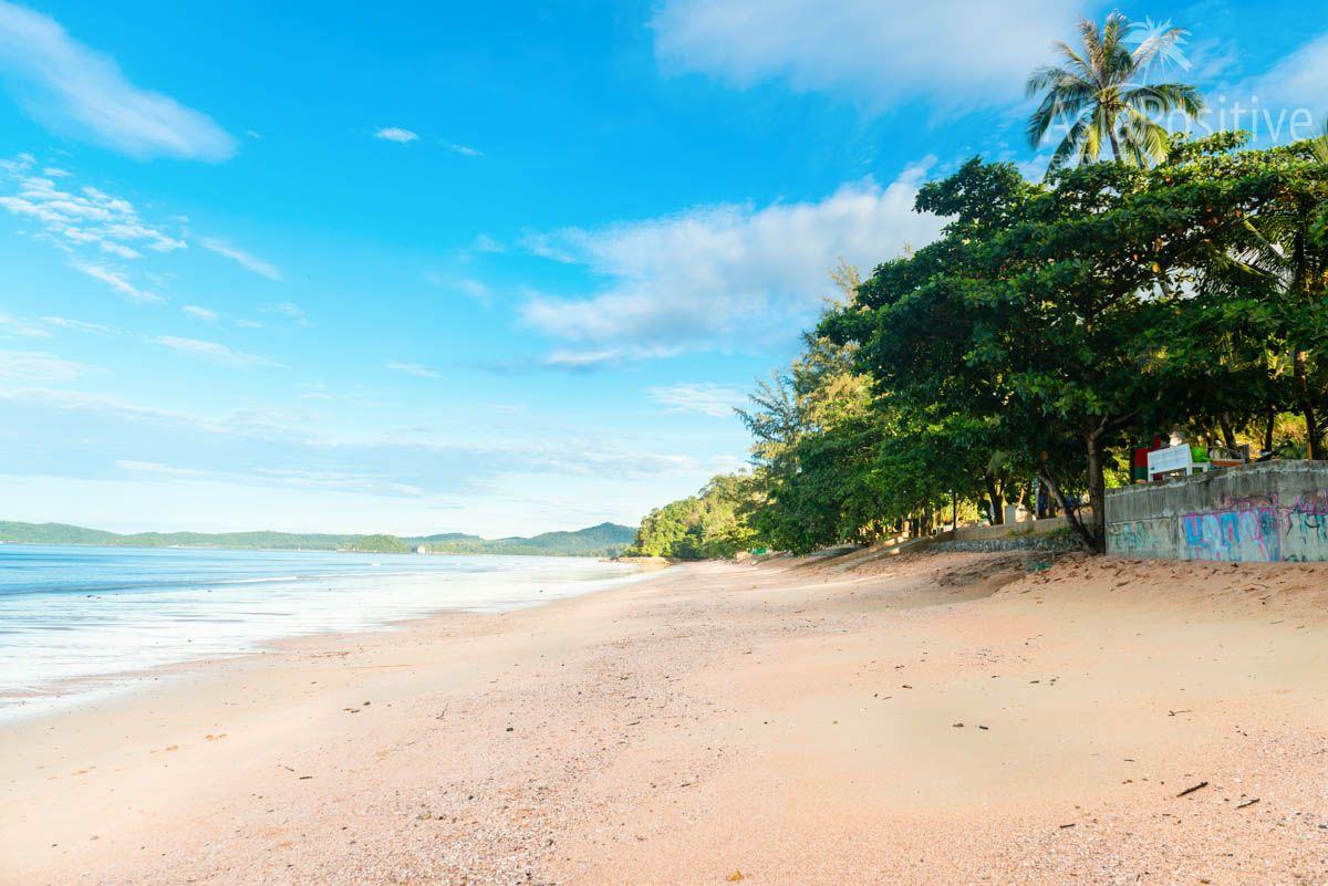 Главный пляж курорта Ао Нанг (Краби) | Путешествия  Asiapositive.com
