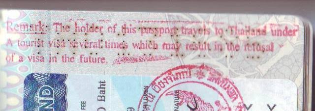 Красный штамп с отметкой, что больше туристическую визу не поставят | AsiaPositive.com